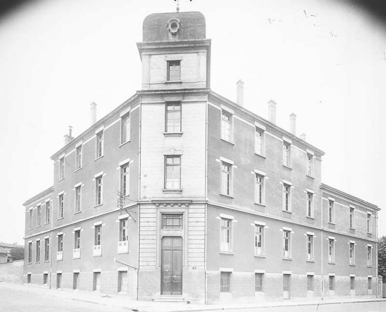 L'école Gallieni au début du XXe siècle (©BML/Fonds Sylvestre)